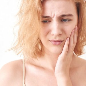 Dental Pain, Toothache Management patient in need of pain relief in Lincoln, NE