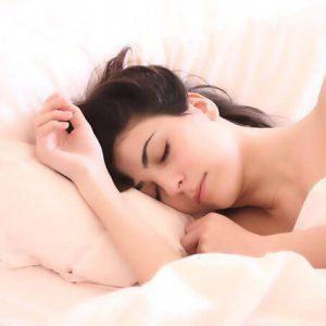woman reduce snoring